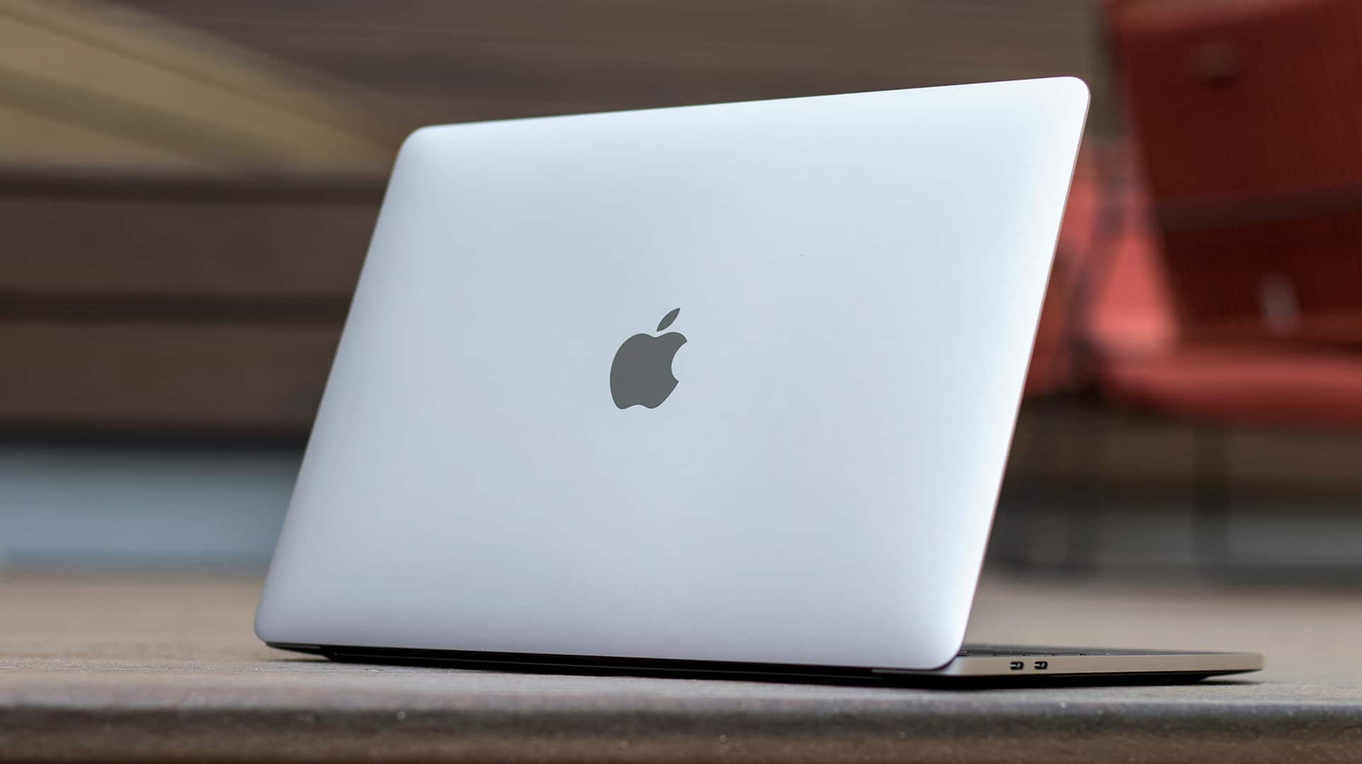 Apple's MacBook Pro is Still the Most Refined Laptop Money Can Buy