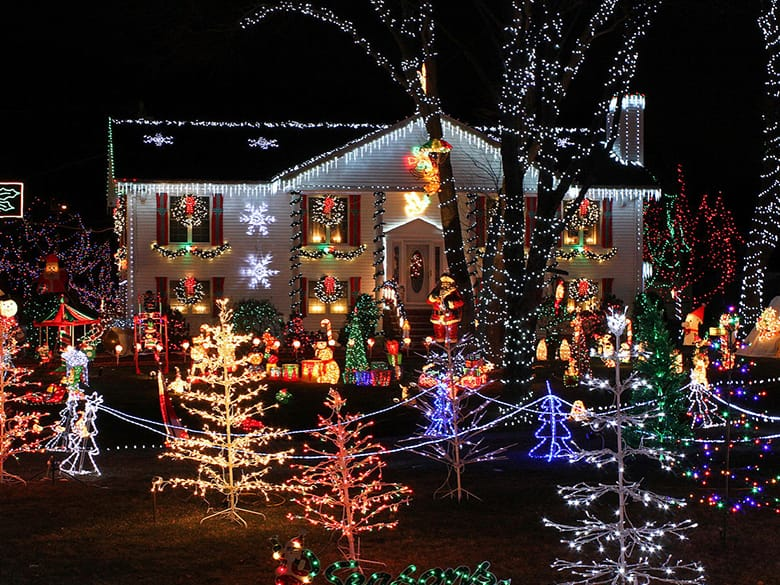 The Best Christmas Lights Deals And S After Holidays