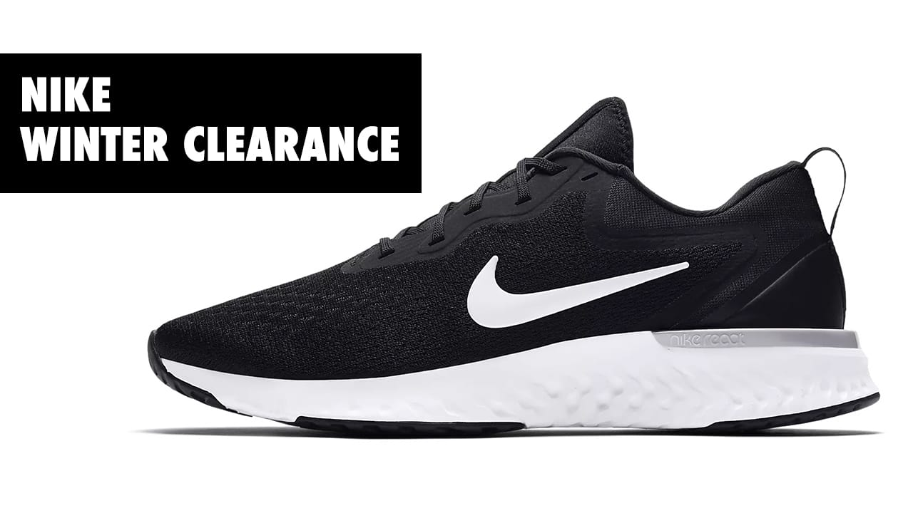 c2beea190646 Are you looking to achieve those new year s fitness resolutions in style   Now you can thanks to Nike s Winter Clearance Sale!