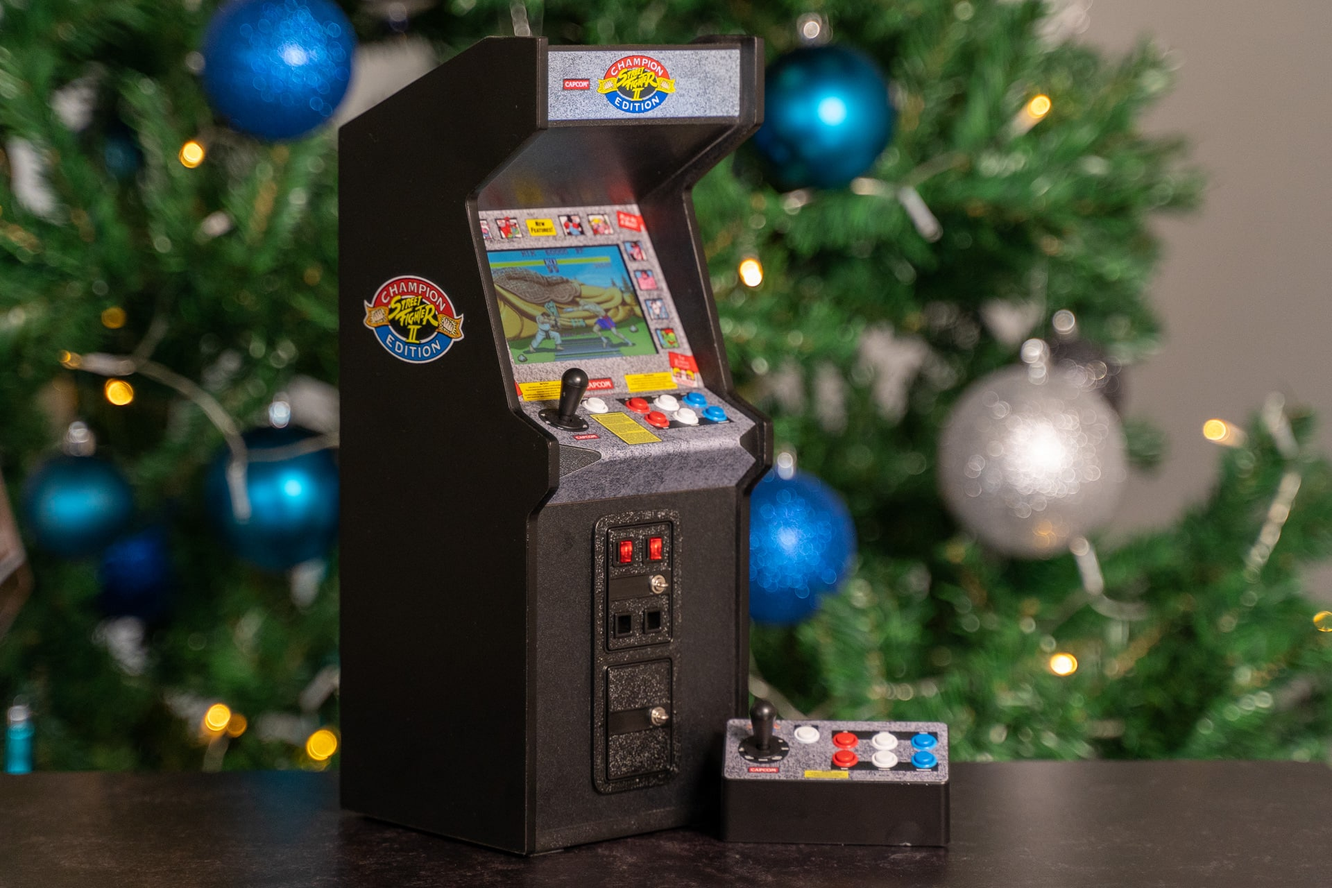 This Street Fighter Ii Mini Arcade Cabinet Is Button Mashing Bliss