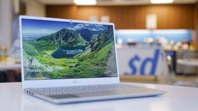 Photo of Dell's New Inspiron 15 7000 Laptop Is a Bargain DIY Powerhouse