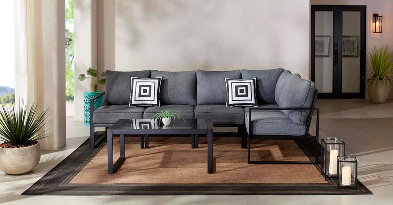 2 inbody Barclay 6-Piece Black Steel Outdoor Patio Sectional Sofa Set with Gray Cushions and Coffee Table_